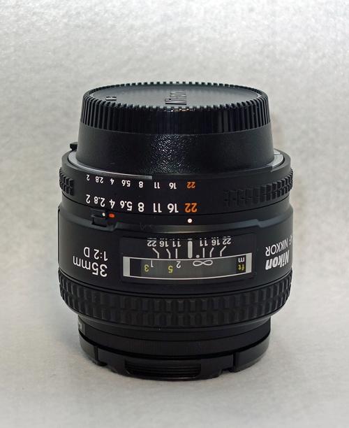 NIKON AI AF Nikkor 35mm f/2D